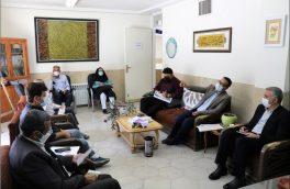 نشست روسای انجمن های فرهنگی وهنری استهبان با مدیرکل فرهنگ و ارشاد اسلامی فارس